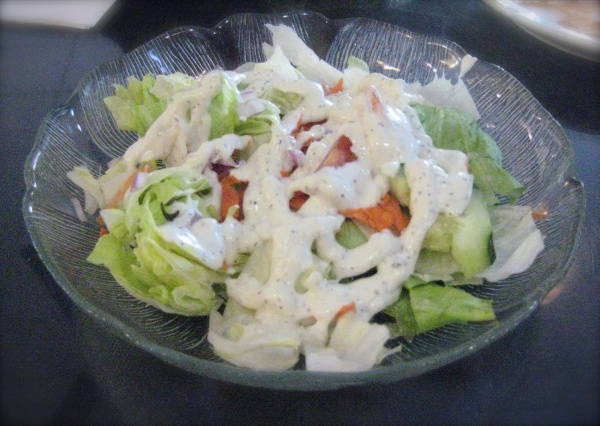 Doomie's Salad with Ranch