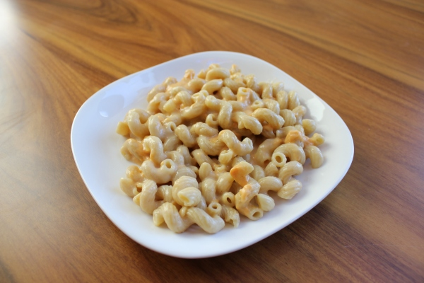 Candle Cafe Macaroni and Vegan Cheese