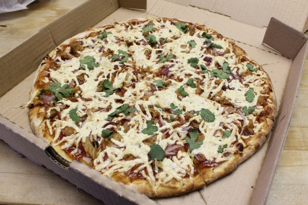 Cheezy Pizza  BBQ Chicken Pizza