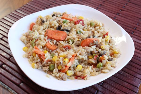 "Gobble Green Vegetable Paella with ""Chicken"""