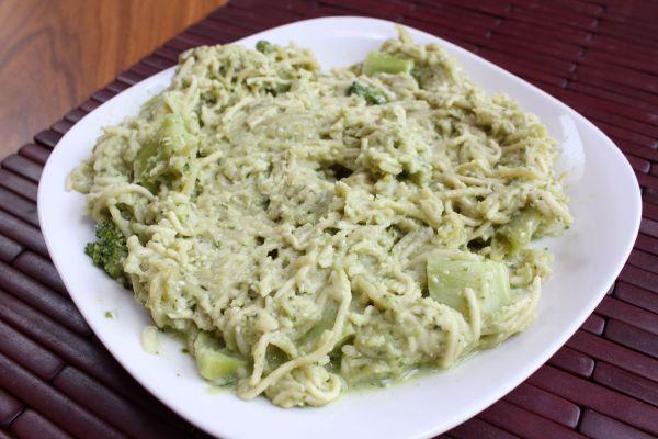 Gobble Green Cashew Pesto Pasta