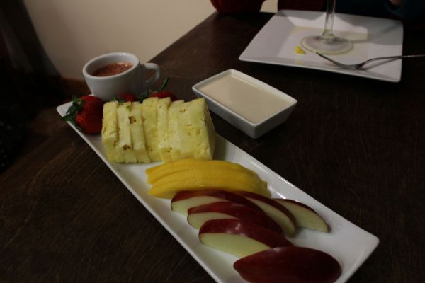118 Degrees Fruit Fondue