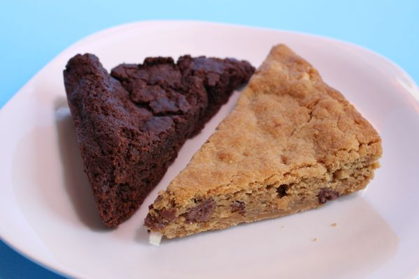 Freesoulcaffe Brownie and Peanut Butter Blondie