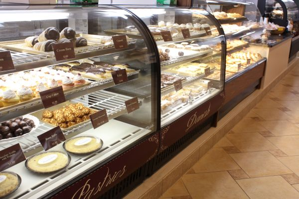 Muffin Top Bakery Display Case 1
