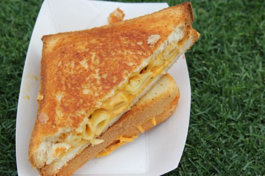 Grilled Cheese Truck Cheesy Mac Melt